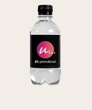 Bottiglie con etichetta Maxilia